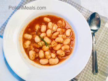 Fasolka po bretonsku, lima beans in tomato sauce